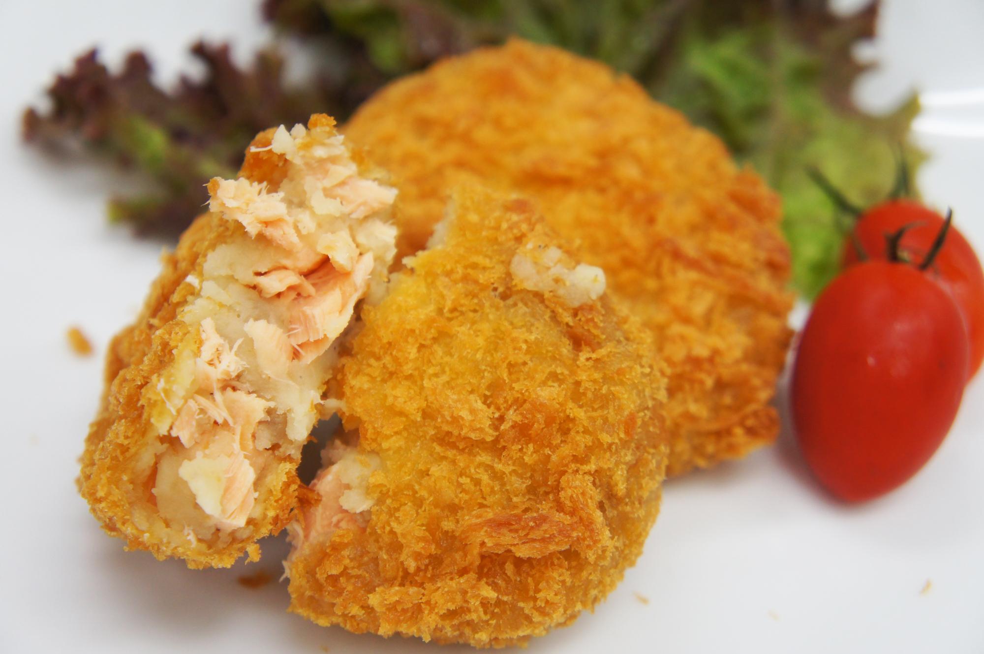 鮭とポテトのコロッケ